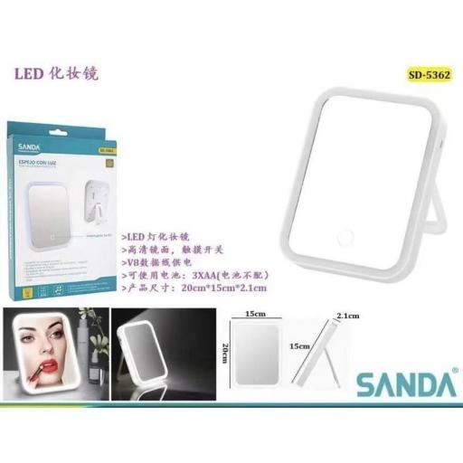 Espejo con luz led mini . Modelo de pilas (no incluídas). [0]