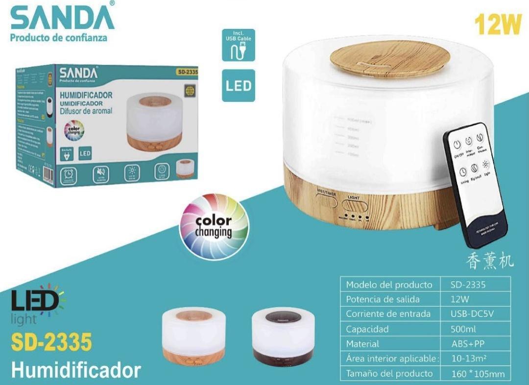 Humidificador /difusor de aromas con luces led y mando.