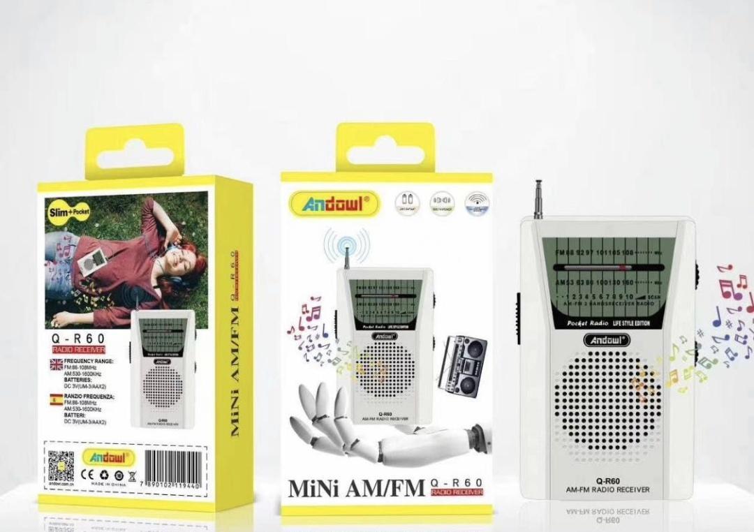 Mini radio portátil .