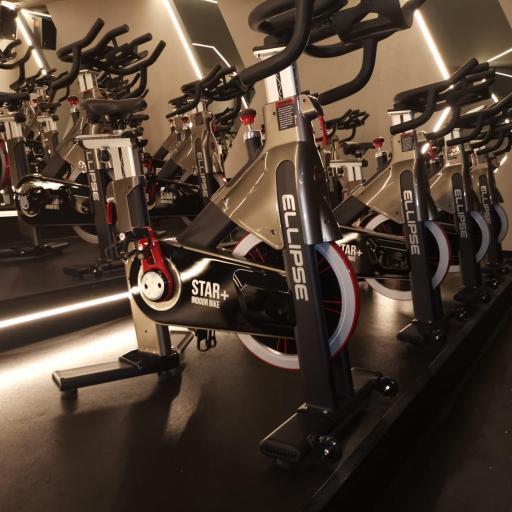Bicicleta de ciclismo indoor STAR+ Spinning Bike [1]
