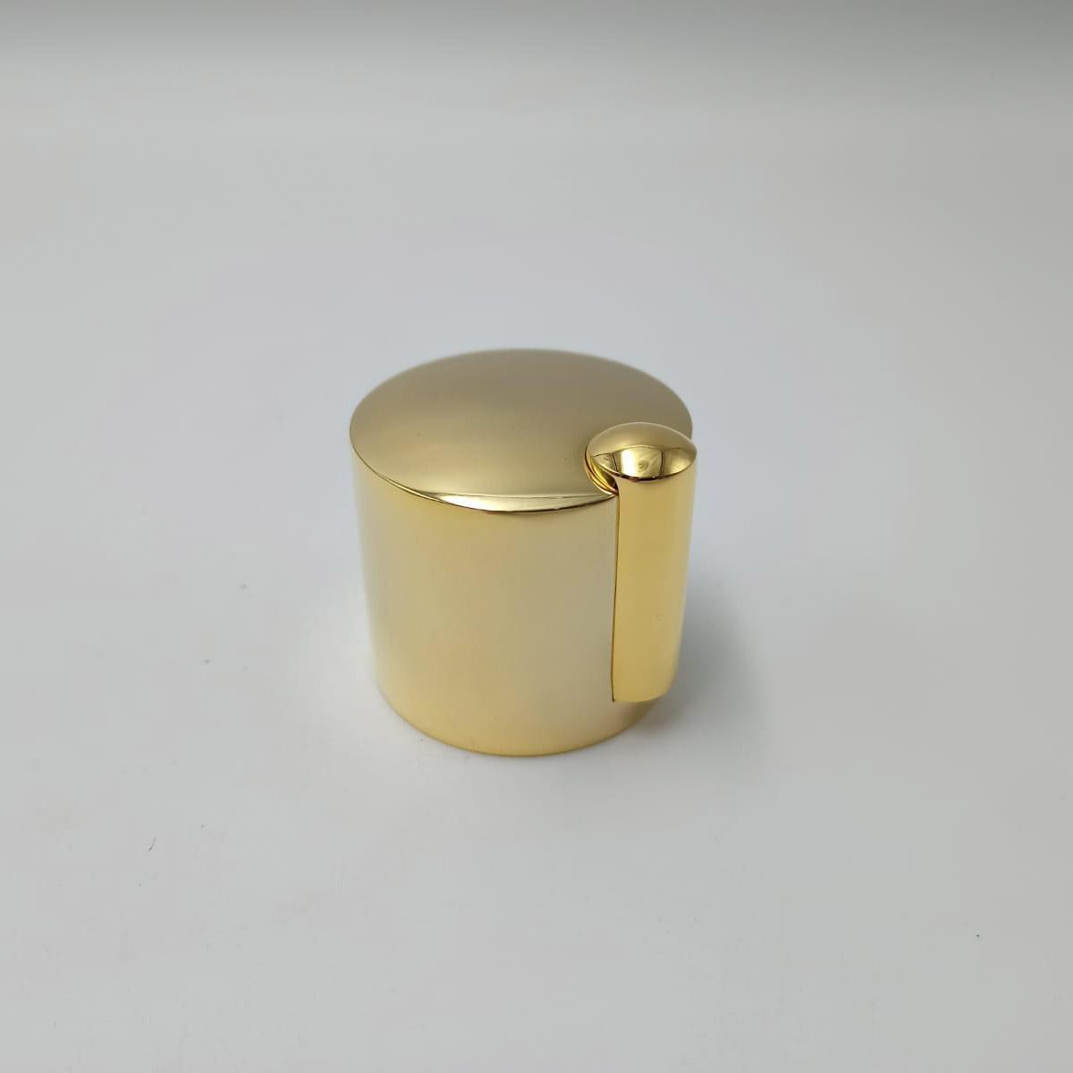 500006120 Mando Golden