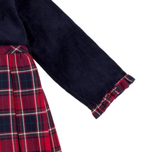 Vestido de niña con chaquetita figurada en marino [2]