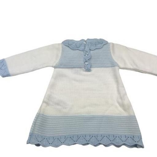 Vestido de punto de primera puesta en celeste y blanco [1]