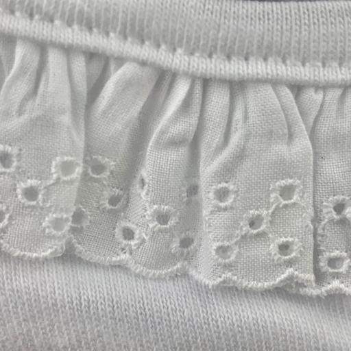 Body en blanco con cuello puntilla en blanco [1]