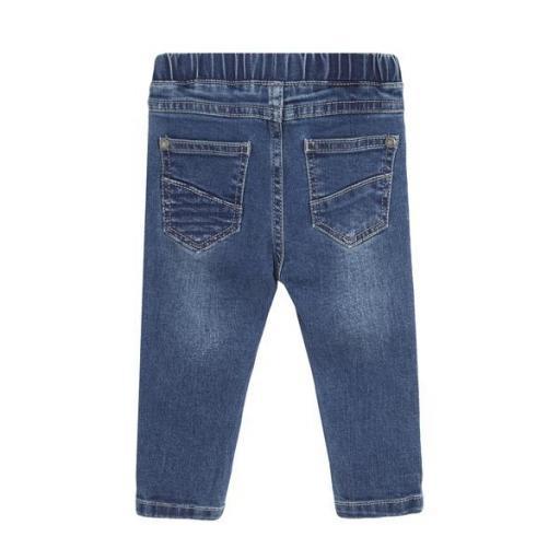 Pantalón vaquero roto para niño [1]