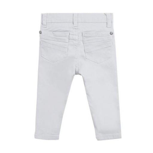 Pantalón tipo vaquero en gris para niño. [1]