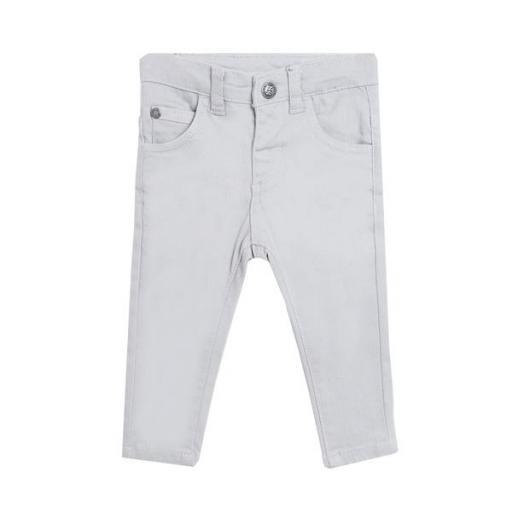 Pantalón tipo vaquero en gris para niño.
