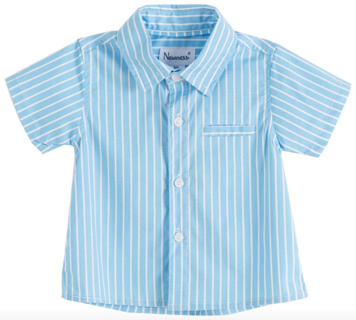 Camisa de niño azul con rayas blancas