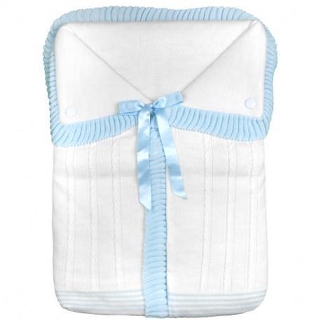Saco lencero para cochecito en celeste