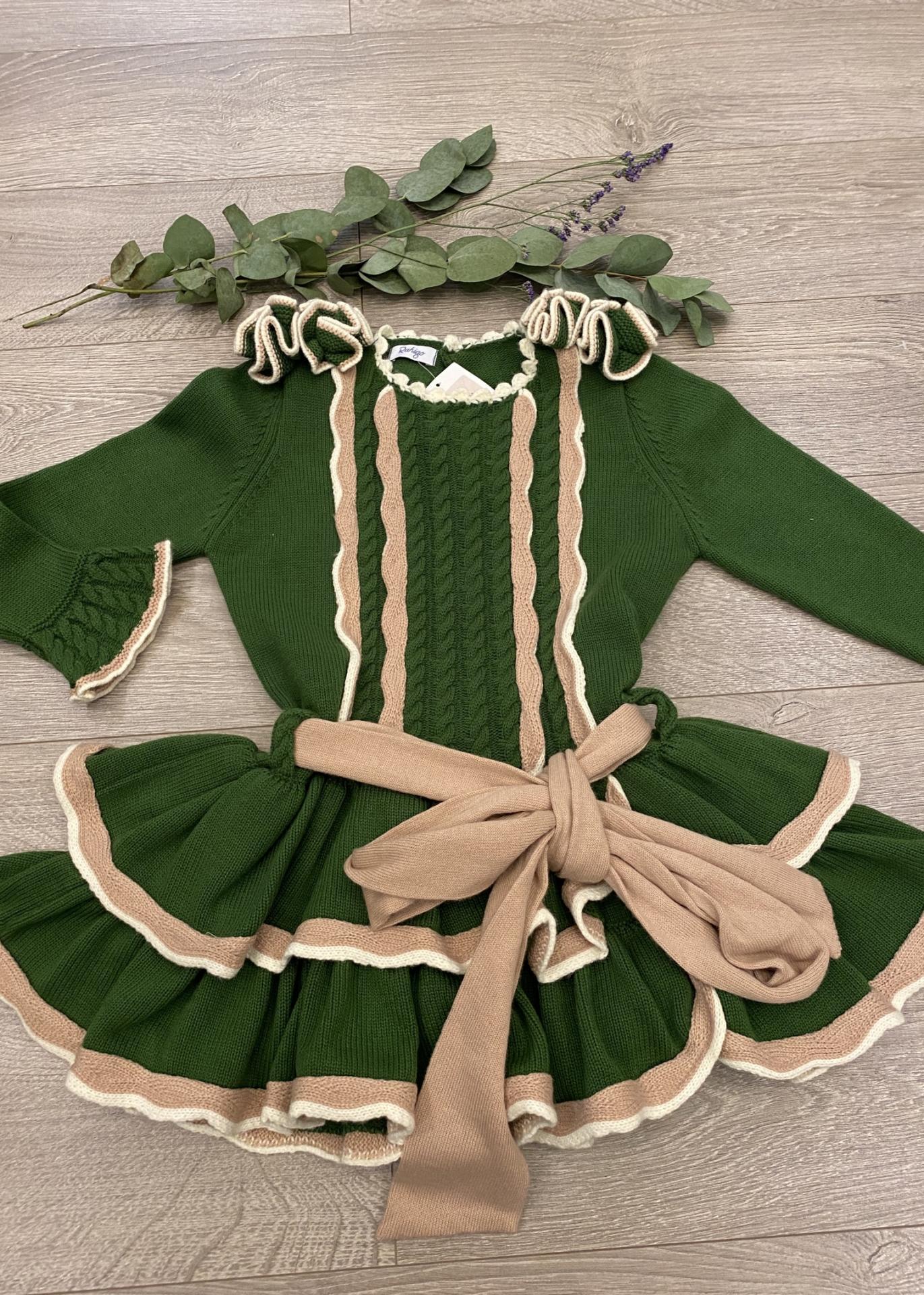 Vestid verde musgo