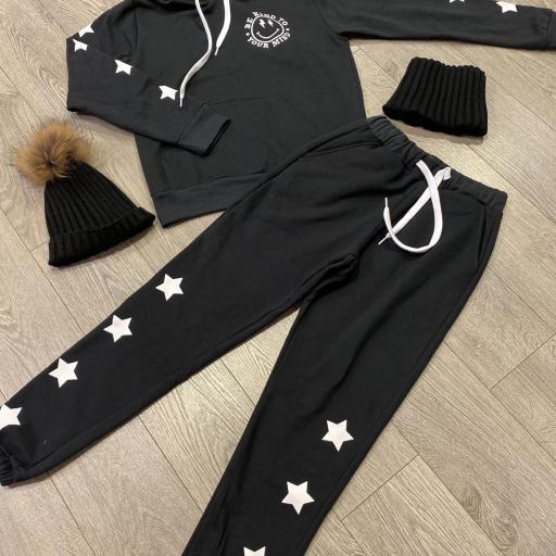 Sudadera capucha estrellas