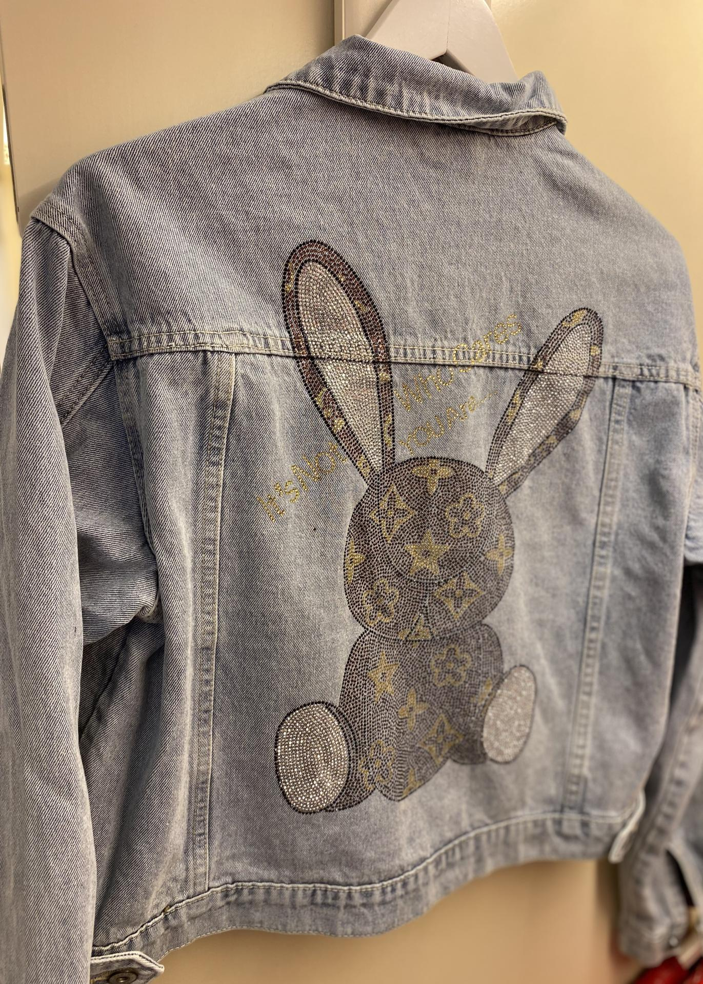 Cazadora vaquera rabbit