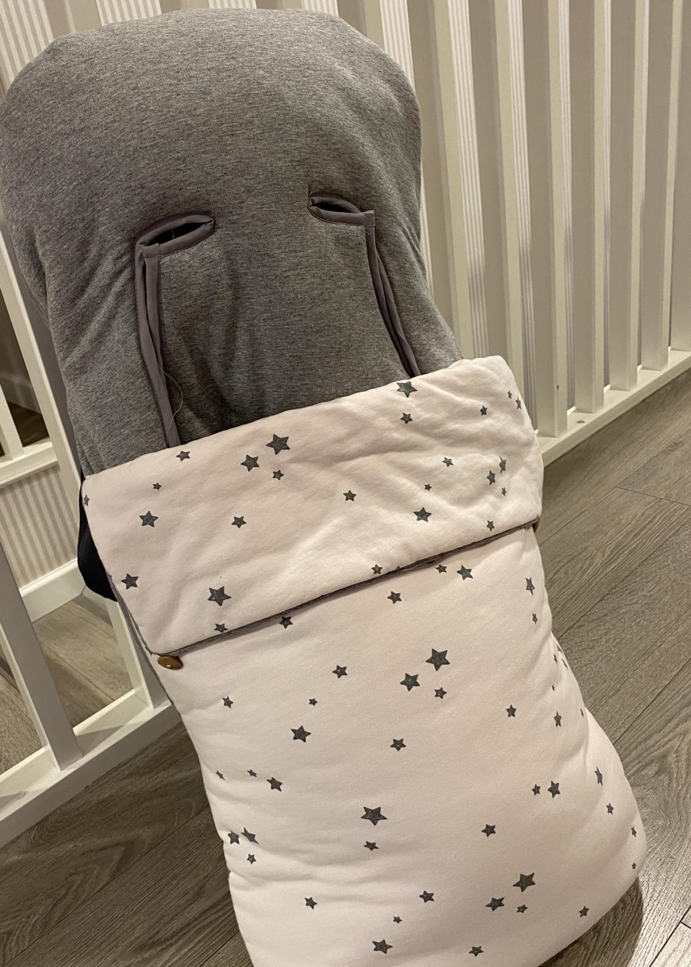 Saco silla rosa y gris  59,95