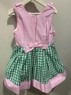 Vestido en verde y rosa