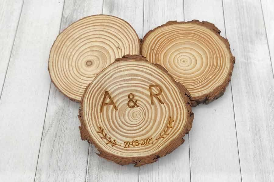 Posavasos de madera natural para eventos