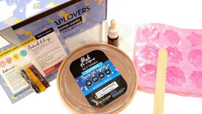 Kit para hacer jabones Flores y Formas