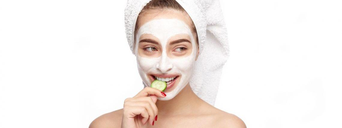 Oily skin? Here are 5 tips to keep your skin look and feel moisturised