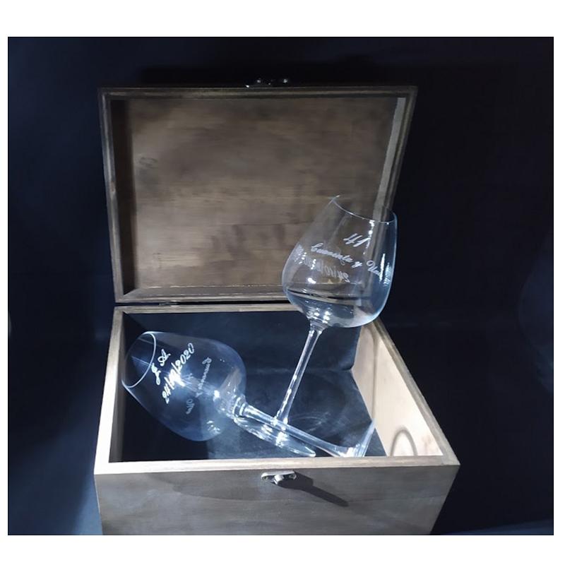 Copas de Vino Personalizadas en Caja de Madera