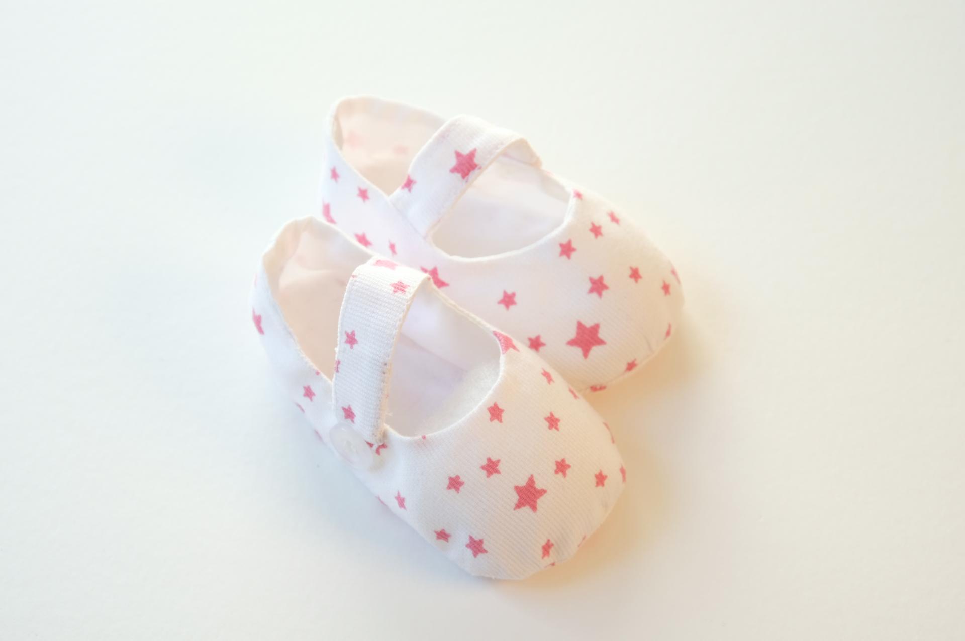 Chaussuresbébé en tissu - Étoiles