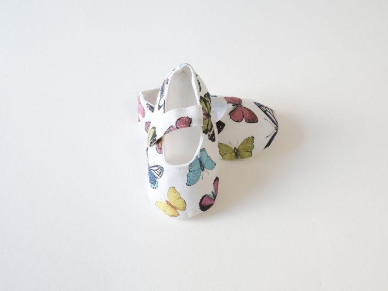 Chaussures bébé en tissu - Papillons