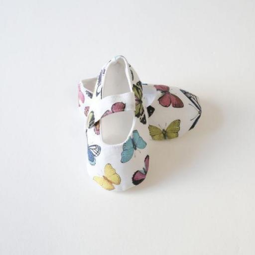 Chaussures bébé en tissu - Papillons [0]