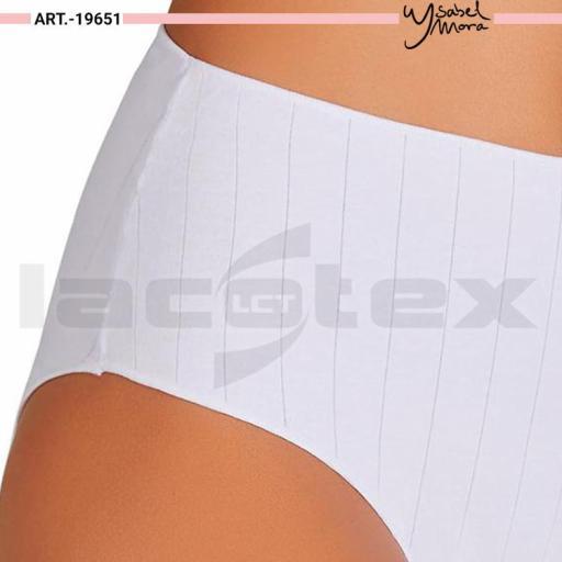 Braga bikini Ysabel Mora [1]