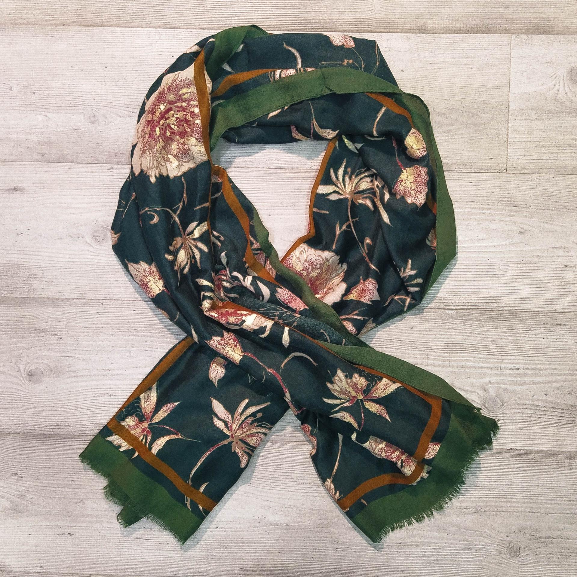 Foulard flores verde