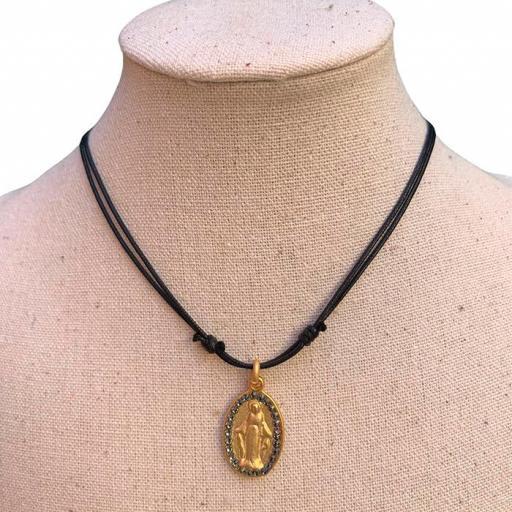 Collar Bambola - Virgen Dorada