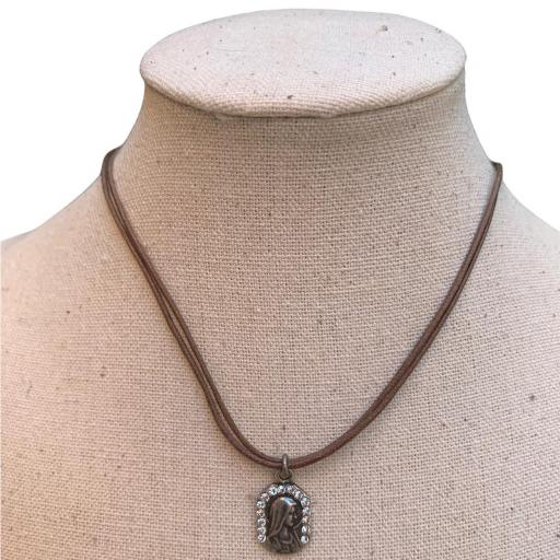 Collar Bambola - Virgen marrón