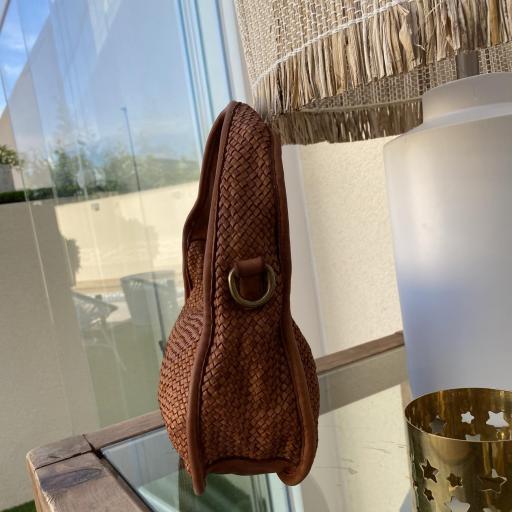 Bolso mini trenzado camel [1]