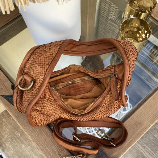 Bolso mini trenzado camel [3]
