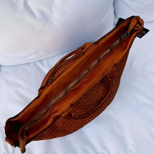 Bolso shooper marrón [3]