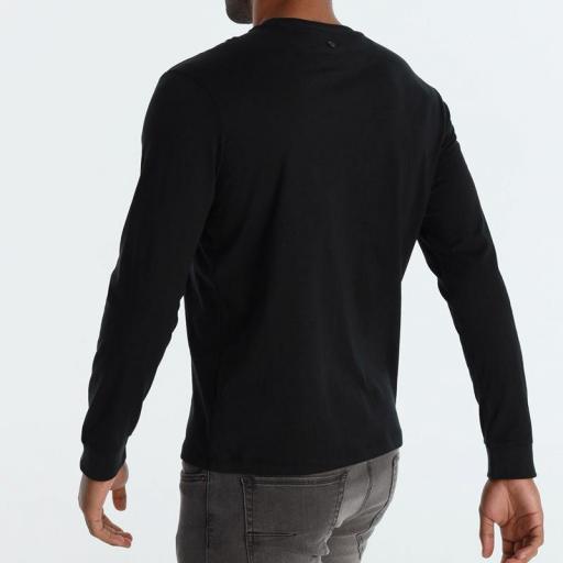 Six Valves Camiseta hombre Distrik 120524 [1]