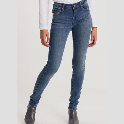 Lois Jeans Pantalón Denim Mujer Lua Zennet Medium 119512