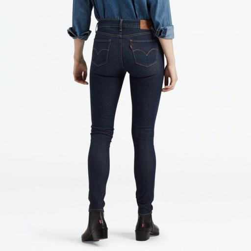 Levi's® 711 Skinny Jeans High Roller 18881-0412. Vaquero mujer