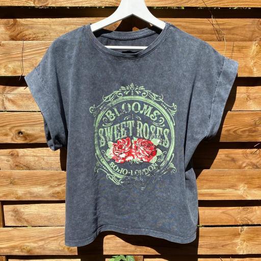 Camiseta Roses
