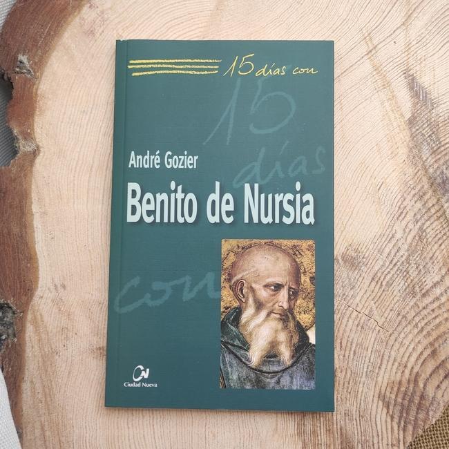 BENITO DE NURSIA.  15 DÍAS CON..
