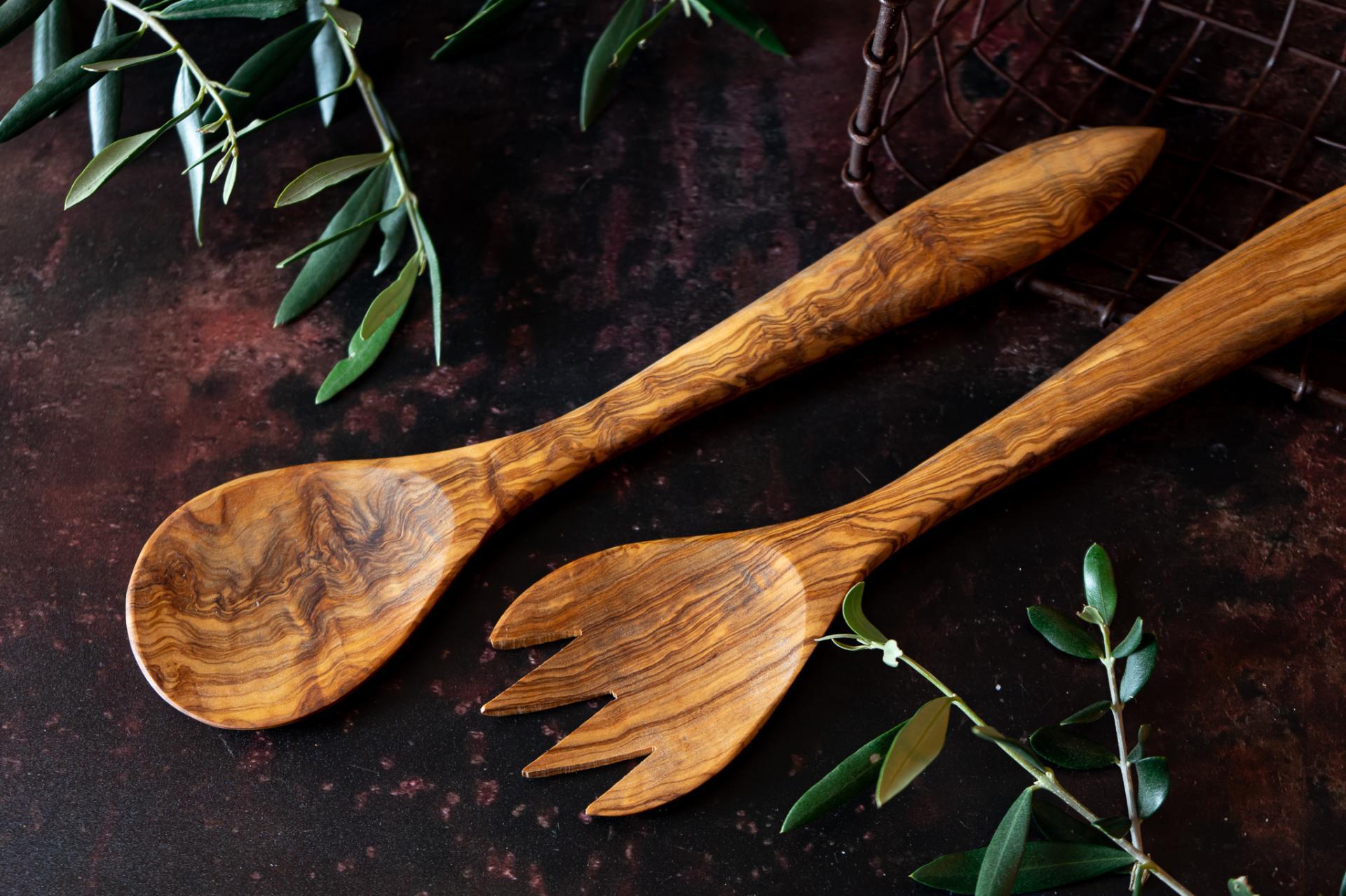 Juego de cubiertos anchos grandes (cuchara y tenedor)