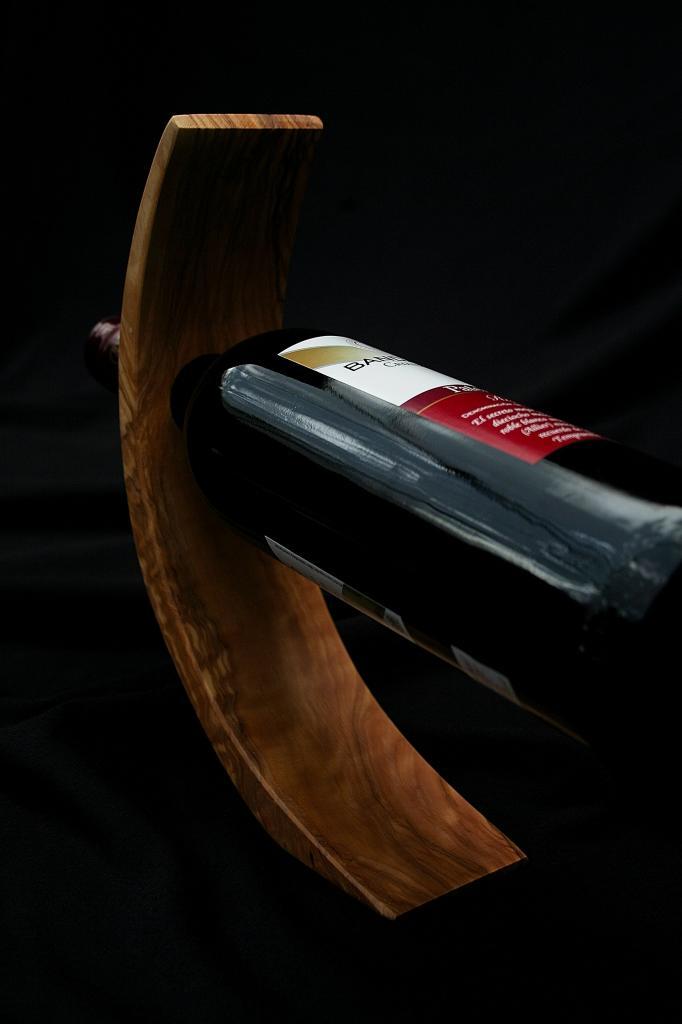 Soporte vino curvado