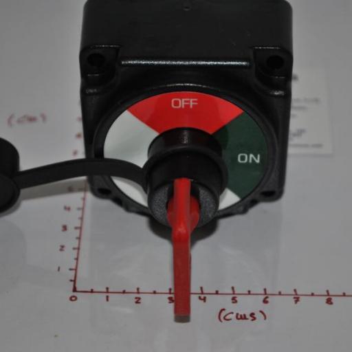 Desconectador(Interruptor) de batería 250A 12V AAA [2]
