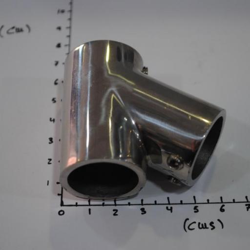Unión en forma de T inclinada 60º inox-316 para tubo de 25 mm Goldenship