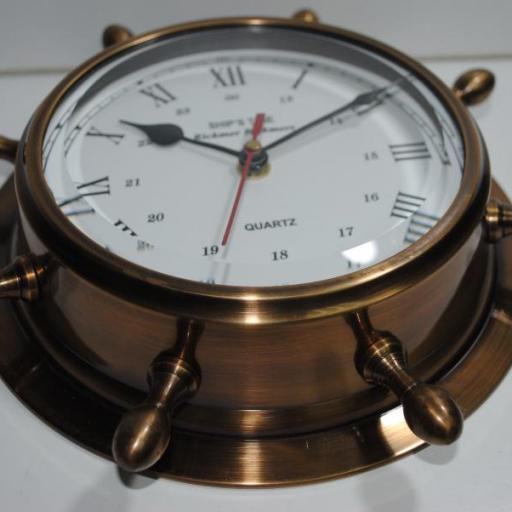 Reloj timón latón viejo
