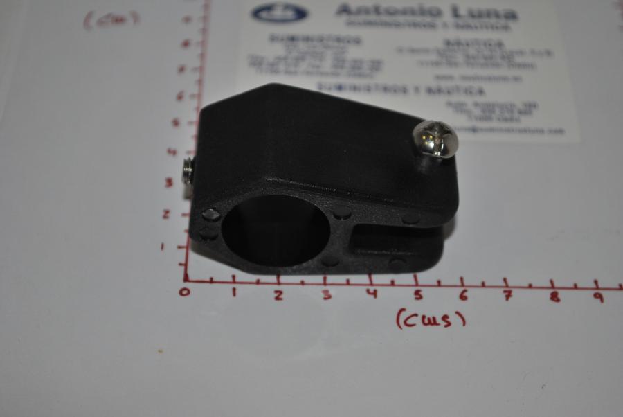 Abrazadera nylon negro 22 mm Goldenship