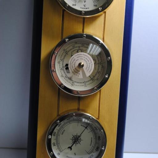 Estación metereológica (termómetro + barómetro + higrómetro)