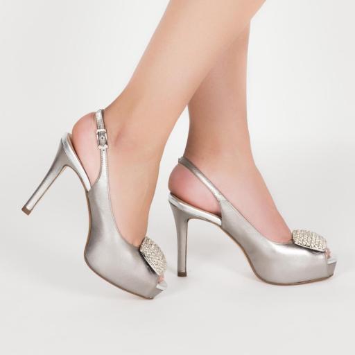 Peeptoe plata con adorno joya [3]