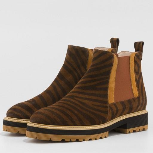 Gadea botín en serraje marrón con estampado de tigre [1]
