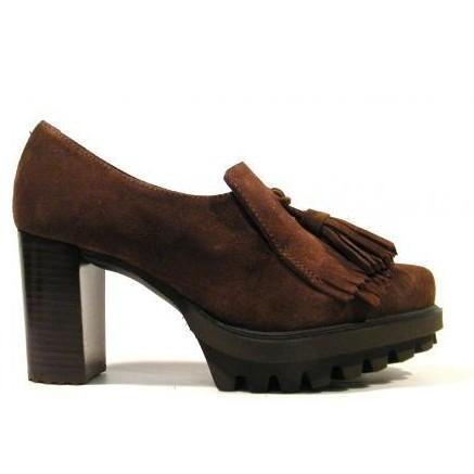 Pedro Miralles Zapato de tacón con flecos y borlas