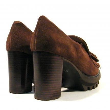 Pedro Miralles Zapato de tacón con flecos y borlas  [2]