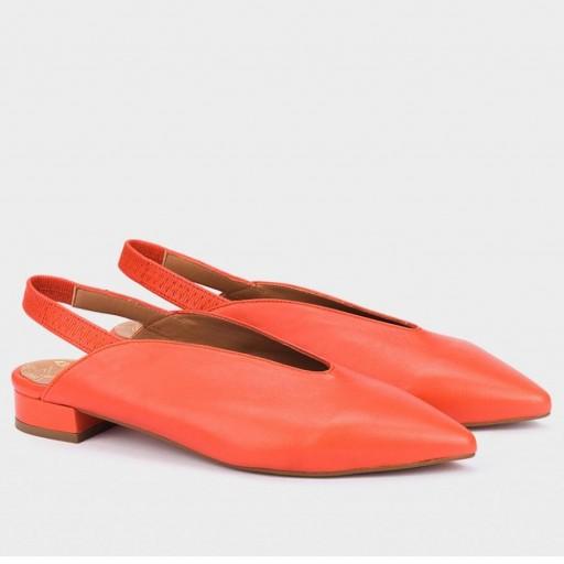 Bailarina piel naranja de Pedro Miralles [1]