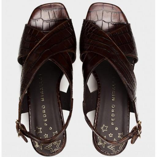 Pedro Miralles sandalias de tacón piel grabada [2]